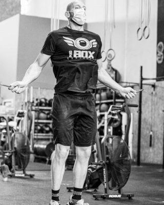 Saltos de comba, ejercicio ideal para perder peso, ejercita los músculos de las piernas, como gemelos, isquios y glúteos, además de core, lumbares, abdomen...  www.probox-santander.com   #crosstraining #fitness #training #workout #gym #fit #motivation #wod #sport #hiit #weightlifting #proboxsantander #progames #train #cardio #functionaltraining #fitfam #flow #entrenamiento #running #instafit #cross #fitnessmotivation #snatch #clean #healthy #salud #probox2014 #personaltrainer