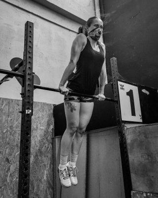 Cada meta que te marques ha de seralcanzable al medio-largo plazo. Establecerse objetivos que difícilmente puedan ser alcanzados generará en el organismo unasensación de vacío y ansiedad. Una vez establecidas tus metas, es el momento de pensar y anotarqué sentirás al conseguir tus objetivos. Lasclaves del éxito son la constancia y la perseverancia. www.probox-santander.com   #crosstraining #fitness #training #workout #gym #fit #motivation #wod #sport #hiit #weightlifting #proboxsantander #progames #train #cardio #functionaltraining #fitfam #flow #entrenamiento #running #instafit #cross #fitnessmotivation #snatch #clean #healthy #salud #probox2014 #personaltrainer
