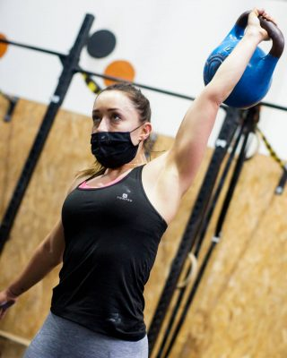 Con el kettlebell podemos trabajar el core o zona media, donde se encuentran abdominales y lumbares. También podemos involicrars los músculos de glúteos y piernas así como hombros y en menor medida brazos dependiendo del movimiento realizado.  www.probox-santander.com   #crosstraining #fitness #training #workout #gym #fit #motivation #wod #sport #hiit #weightlifting #proboxsantander #progames #train #cardio #functionaltraining #fitfam #flow #entrenamiento #running #instafit #cross #fitnessmotivation #snatch #clean #healthy #salud #probox2014 #personaltrainer